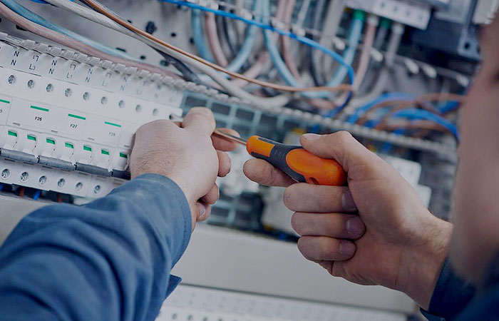 Professional Electrical Repairs and Maintenance North Willoughby